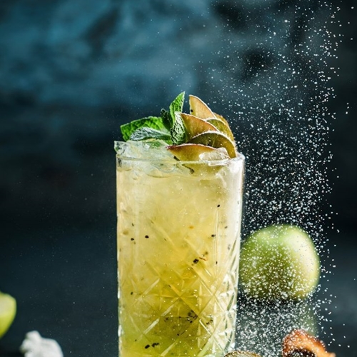 SHOTT Beverages Gold Kiwifruit Soda Recipe